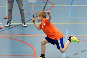 DUC jeugdtoernooi start met warming-up