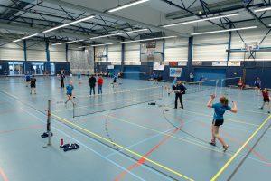 Badmintonjeugd laat kunsten zien in Meppel